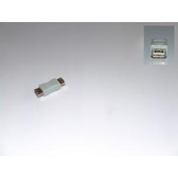Adaptor USB-mama-USB-mama